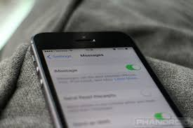 How do I turn off iMessage when switching to Android