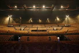 salle de concert lille salle de spectacles zenith arena lille avec concert restauration