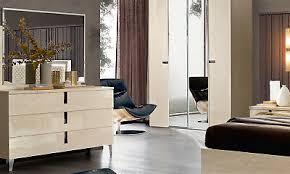 kommode schubladen schlafzimmer beige hochglanz nickel griffe moderne stilmöbel