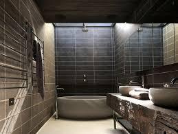 badewanne aus quarzit im badezimmer im industrie stil