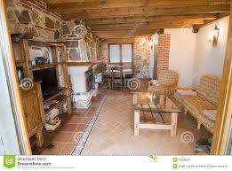 rustikales wohnzimmer stockfoto bild feuer wohnung
