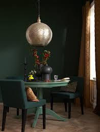 dunkelgrün mit leuchtenden akzenten bild 17 schöner wohnen