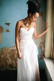 Follow Us SIGNATUREBRIDE On Twitter And FACEBOOK SIGNATURE BRIDE