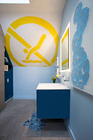 Mickey Mouse Bathroom Decorating Ideas by Best 25 Corner Bathroom Storage Ideas On Pinterest Small