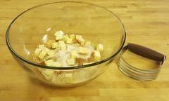 Bobby Flay Pumpkin Pie With Cinnamon Crunch by Cinnamon Crunch Pumpkin Pie With Maple Whipped Cream The Bread