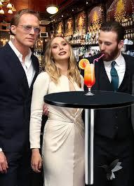 PsBattle Chris Evans Staring At Elizabeth Olsens Breasts