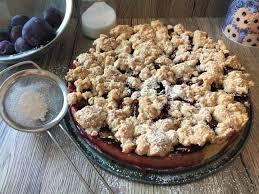 glutenfreier pflaumenkuchen mit streuseln vegan