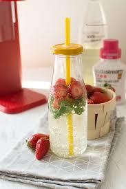 cuisine coriandre recette d eau gourmande fraises coriandre litchi thé vert