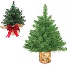 HOMCOM Artificial Christmas Spruce Tree 15mGreen Aosom UK