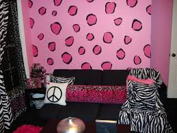 Animal Print Bedroom Decorating Ideas by Zebra Print Bedroom Ideas For Adults Home Pleasant