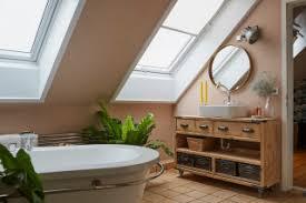 75 badezimmer mit rosa wandfarbe ideen bilder april
