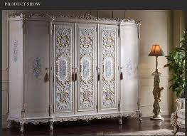 klassische italienische antike schlafzimmer möbel königliche klassischen schrank holz schränke angepasst buy klassische italienische schlafzimmer