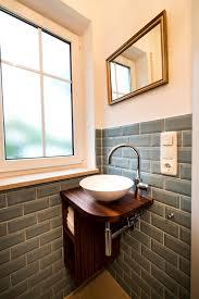 heimwohl badezimmer gäste wc waschtisch spiegel gäste wc
