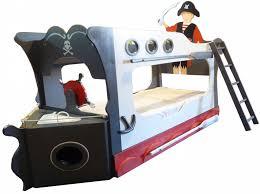 chambre enfant pirate lit lit pirate formidable deco pirate chambre garcon 3 lit