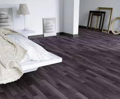 Minimalist Bedroom Using Platform Bed And Grey Vinyl Flooring