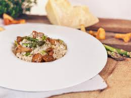 Pumpkin Risotto Recipe Nz by Risotto With Asparagus And Chanterelles Recipes Kitchen Stories