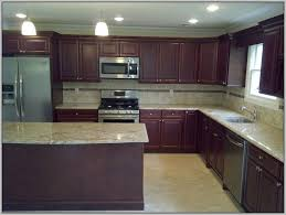 Kitchen Wall Paint Colors With Cherry Cabinets by Best Wall Color For Kitchen With Cherry Cabinets Painting