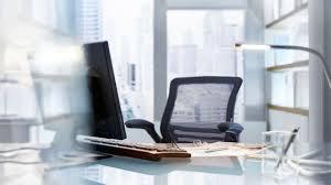 mail absence maladie bureau un salarié est absent 16 jours par an en moyenne hors congés l