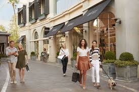 The Best Shopping and Pop Up Shops in Los Angeles The Grove LA