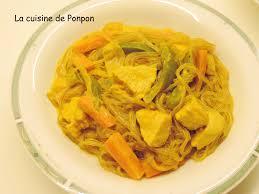 poulet au curry jaune et nouilles de patates douces la cuisine