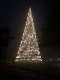 jagdhaus eiden mit leuchtturm weihnachtsbaum am