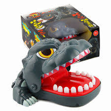 Novelty Prank Bite Finger Interactive Board Game Shark Dinosaur Toys Party