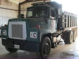 1979 Mack RS686LST Dump Truck | Item C3532 | SOLD! Wednesday... Home I20 Trucks File1998 Mack Rd688 Quad Axle Dumpjpg Wikimedia Commons Mack Dump For Sale Truck N Trailer Magazine 2017 Dump Truck Vinsn1m2ax07c0hm036528 Tri Axle 455hp 2007 Freightliner Columbia Ta Steel For Sale 2602 2015 Mack Granite Gu433 Heavy Duty 68926 Miles Which Manufacturer Is Better Kenworth Vs Freightliner Equipment Equipmenttradercom Non Cdl Up To 26000 Gvw Dumps