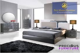 MASTER Valencia Zebra Gray Lacquer 4 Piece Bedroom Set