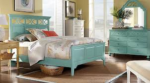 Rooms To Go Queen Bedroom Sets by Cindy Crawford Home Seaside Blue Green Panel 5 Pc Queen Bedroom