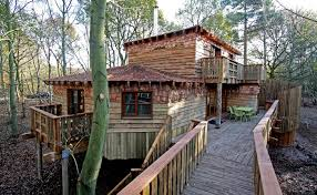 100 Tree Houses With Hot Tubs Center Parcs Houses Blue Forest