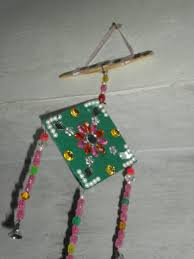 Simple And Easy Wall Hangings Made By Some Waste Materials Craft