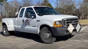 100 V10 Truck 13MillionMile Ford Super Duty Is Still Using Its Original