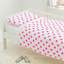 Toddler Bed in a Bag in Pink Fluro Stars – Project Nursery