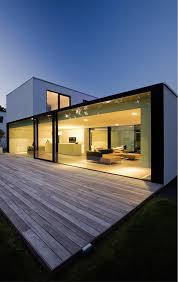 100 Glass Walls For Houses Wall Makes For Very Modern Look Modern House Design