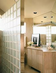 badezimmer mit steinfliesen und mit bild kaufen 340553
