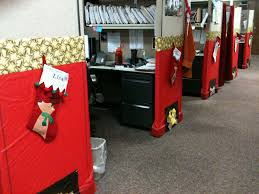 Halloween Cubicle Decorating Contest Ideas by Decorated All My Coworkers Cubicles As A Surprise Work Ideas
