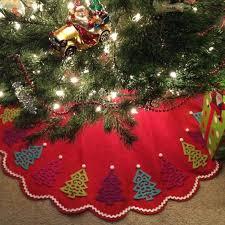 35 DIY Christmas Tree Skirt Ideas
