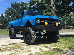 Blue Destiny: Darren Sammartino's 1970 Chevy K20