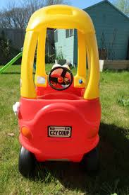Getting Outdoors With Little Tikes: Cozy Coupe Review - Mummy Miller