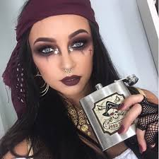 Carli Bybel Halloween by 23 Pretty And Easy Halloween Makeup Looks Halloween Makeup