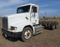 1994 Freightliner FLD112 Semi Truck | Item B4607 | SOLD! Jun... 1983 Kenworth K10 Semi Truck Item Dq9447 Sold September Truck Bank Repos For Sale Special Lender Financi Flickr 2000 Freightliner Fld Db0028 Decem 1972 Mack R Sale Sold At Auction July 16 2015 1986 Volvo White J6216 August 18 T Ok And Trailer Sales Alinum Semi Trailers For Livestock Cfigurations Awesome Trucks In Okc 7th And Pattison Refuse Trash Street Sewer Environmental Equipment 1999 T800 K8818 June 30 C Med Heavy Trucks For Sale 2009 Fld120 Sd Db4076