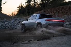 100 Should I Buy A Car Or Truck 5 Reasons Why The Rivian R1T Make Tesla Nervous