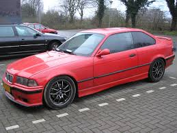 File BMW 318iS Coupe 1992 frontleft Wikimedia mons