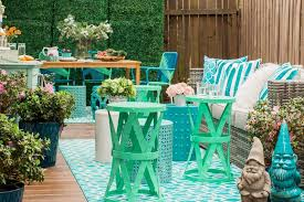 Inexpensive Patio Furniture Ideas by Best 25 Deck Decorating Ideas On Pinterest Outdoor Deck Pertaining