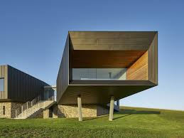 100 Cantilever House Breathtaking Cantilevered House Frames Rugged Coastal Views
