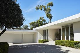 104 Beverly Hills Modern Homes Or Contemporary What S The Difference In Home Styles Wsj