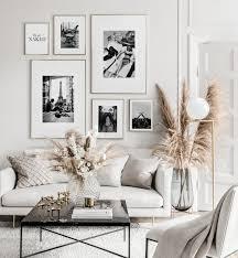 minimalistische schwarz weiß bilderwand goldene rahmen