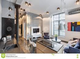 küche offen zum wohnzimmer stockbild bild anstrich