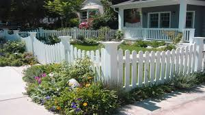 Best House Front Yard Fences Design Ideas | Fences & Gates Design ... Best House Front Yard Fences Design Ideas Gates Wood Fence Gate The Home Some Collections Of Glamorous Modern For Houses Pictures Idea Home Fence Design Exclusive Contemporary Google Image Result For Httpwwwstryfcenetimg_1201jpg Designs Perfect Homes Wall Attractive Which By R Us Awesome Photos Amazing Decorating 25 Gates Ideas On Pinterest Wooden Side Pergola Choosing Based Choice