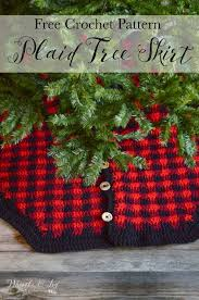 Crochet Plaid Christmas Tree Skirt